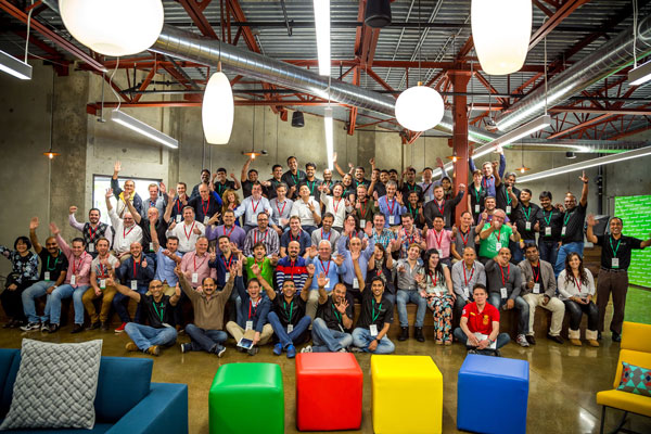 ManageEngine-Partner-Conference-2015-Group-Photo-Funny_600.jpg